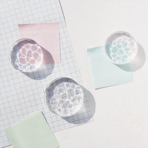 yuta maruoka ガラス作品「paper weight」