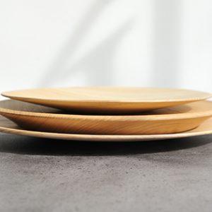 ろくろ挽きの木皿「栓の皿」